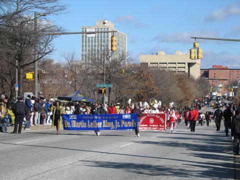 Lors du défilé annuel en l'honneur de Martin Luther KingJr., le cortège part de l'intersection de MartinLuther King,Jr. Boulevard et EutawStreet, puis continue vers le sud sur MartinLuther King,Jr. Boulevard avant de se disperser sur BaltimoreStreet