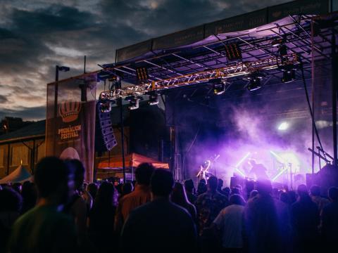 Le Pygmalion Festival a lieu tous les ans en Septembre à Champaign, Illinois
