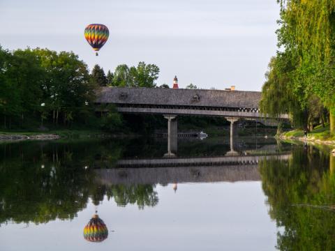 Montgolfière participant au concours Balloons Over Bavarian Inn