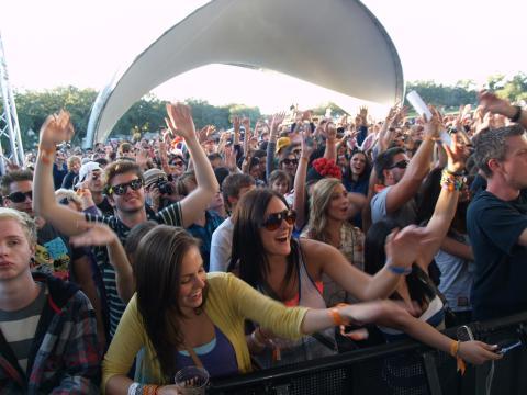 Un public porté par la musique au VooDoo Festival
