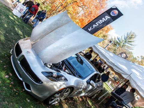 Découvrez les dernières voitures et technologies au salon Northwood International Auto Show