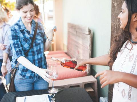 Dégustation de vin de zinfandel lors du Vintage Weekend de Paso Robles